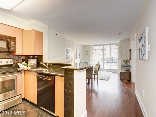 Hi-Rise 9+ Floors, Contemporary - WASHINGTON, DC (photo 5)