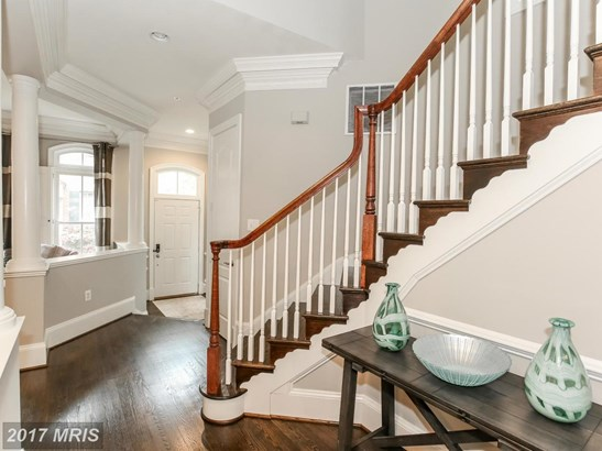 Transitional, Townhouse - BETHESDA, MD (photo 2)