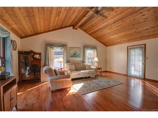 Ranch, Single Family - Gloucester, VA (photo 4)