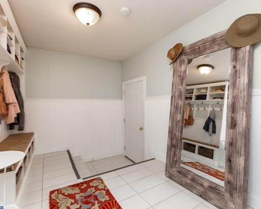 Row/Townhouse, ConvertBar - NEWTOWN SQUARE, PA (photo 4)