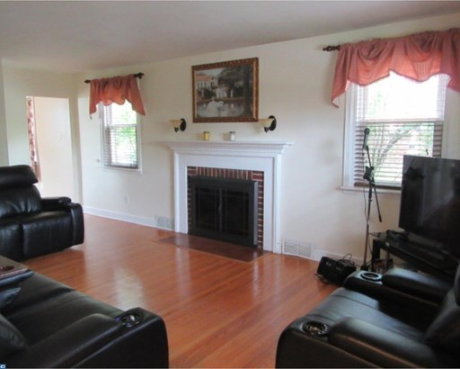 Colonial, Detached - HAVERTOWN, PA (photo 3)