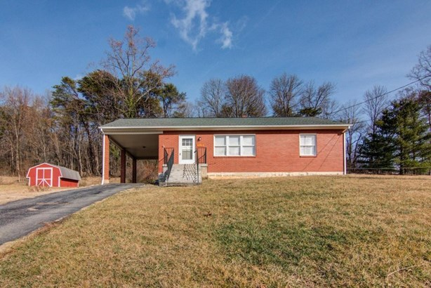 Residential, Ranch - Troutville, VA (photo 1)