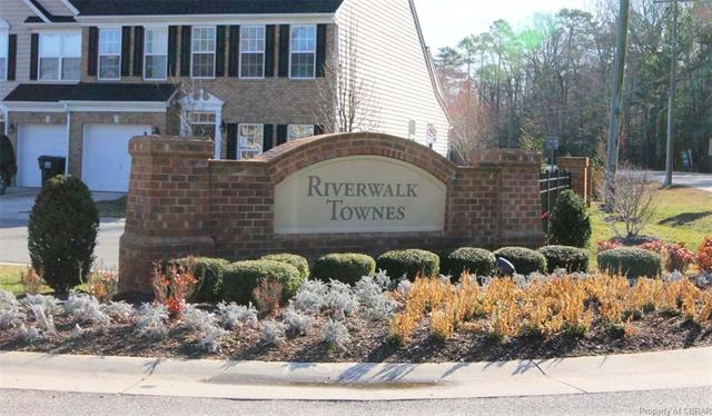 Condo/Townhouse, 2-Story - Yorktown, VA (photo 1)
