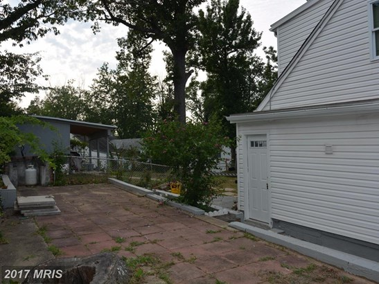 Cape Cod, Detached - RIVERDALE, MD (photo 5)