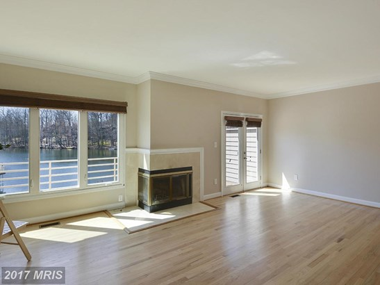 Townhouse, Contemporary - RESTON, VA (photo 4)