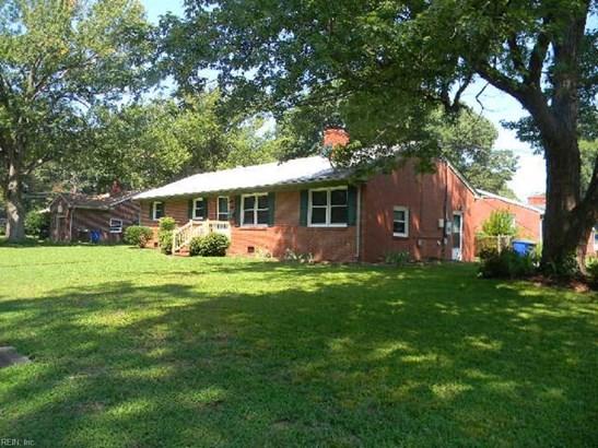 Ranch, Single Family - Newport News, VA (photo 2)