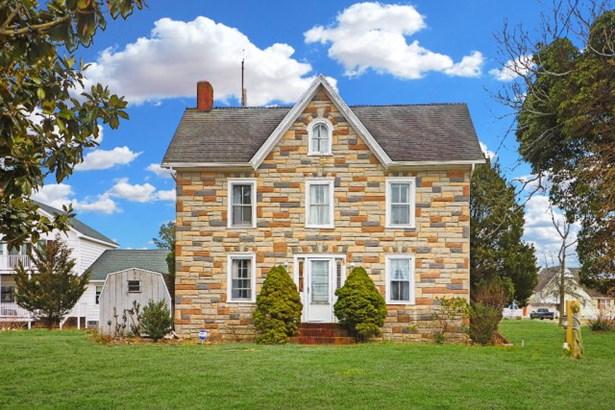 Colonial,Beach House,Fixer Upper, Single Family - Chincoteague, VA (photo 1)
