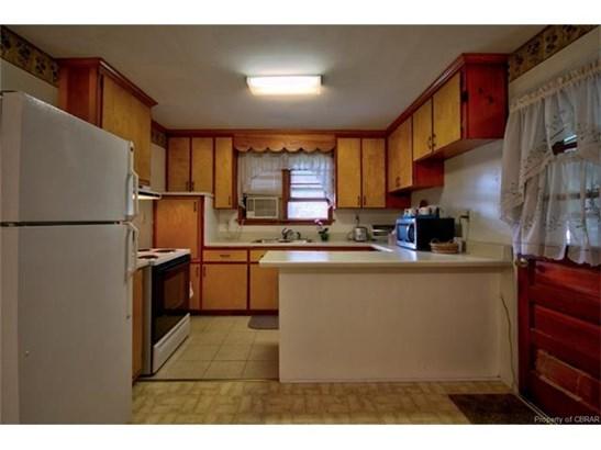 Ranch, Single Family - Yorktown, VA (photo 4)