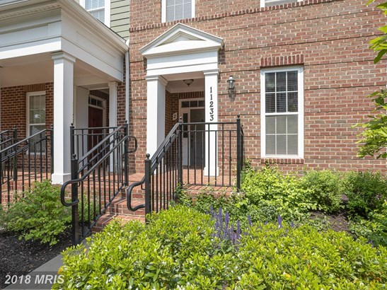 Townhouse, Contemporary - FULTON, MD (photo 2)