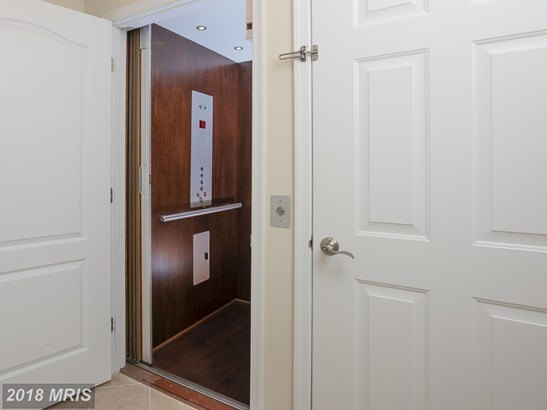 Townhouse, Contemporary - FULTON, MD (photo 4)