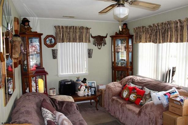 Bungalow, Single Family - Landisville, NJ (photo 3)
