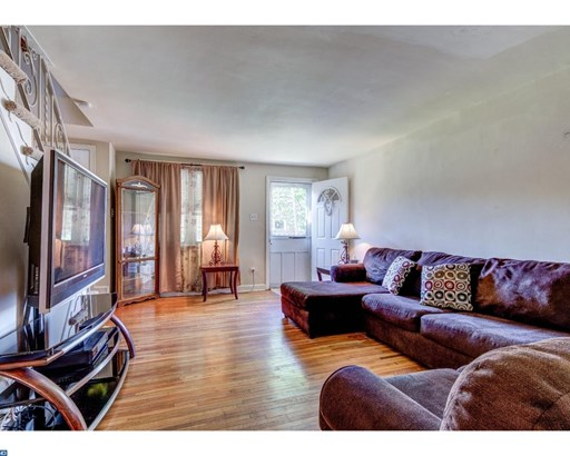 Colonial, Row/Townhouse/Cluster - CLIFTON HEIGHTS, PA (photo 5)