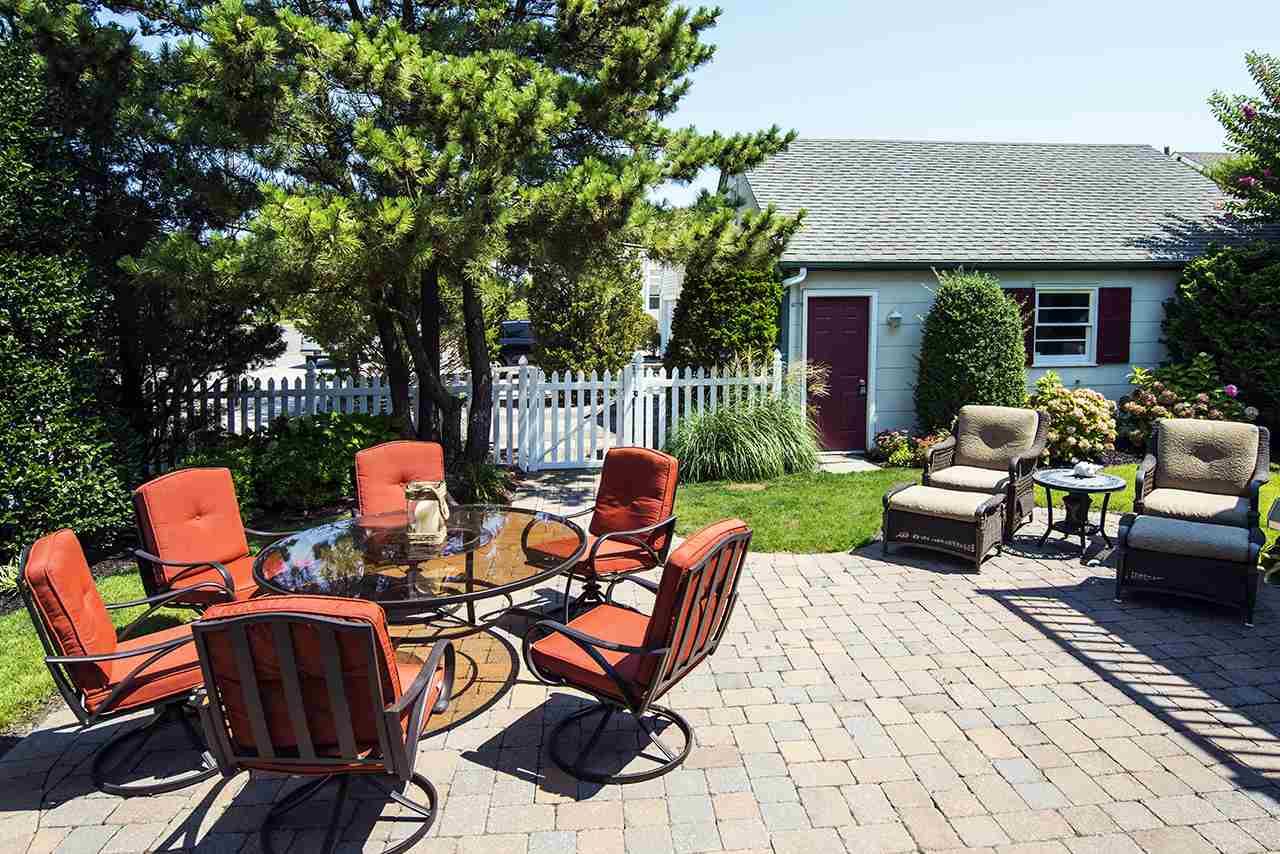 Two Story, Cape Cod, Single Family - Avalon, NJ (photo 2)