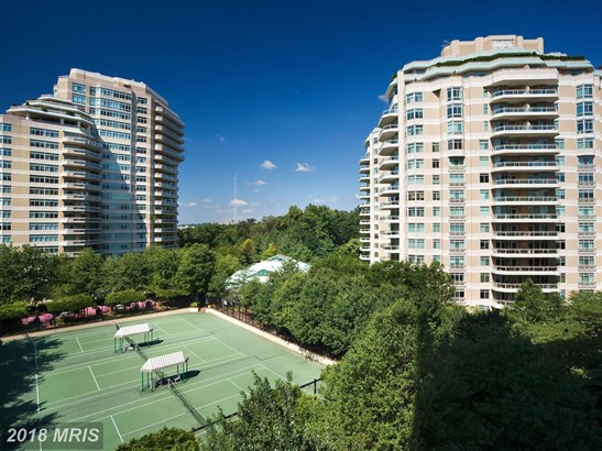 Hi-Rise 9+ Floors, Contemporary - CHEVY CHASE, MD (photo 1)