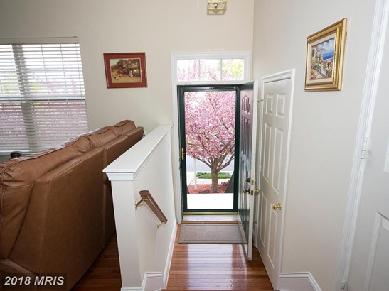 Townhouse, Colonial - COCKEYSVILLE, MD (photo 2)