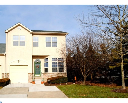 Row/Townhouse, Colonial,EndUnit/Row - HORSHAM, PA (photo 1)