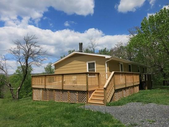 Residential, Split-Foyer - Blue Ridge, VA (photo 1)
