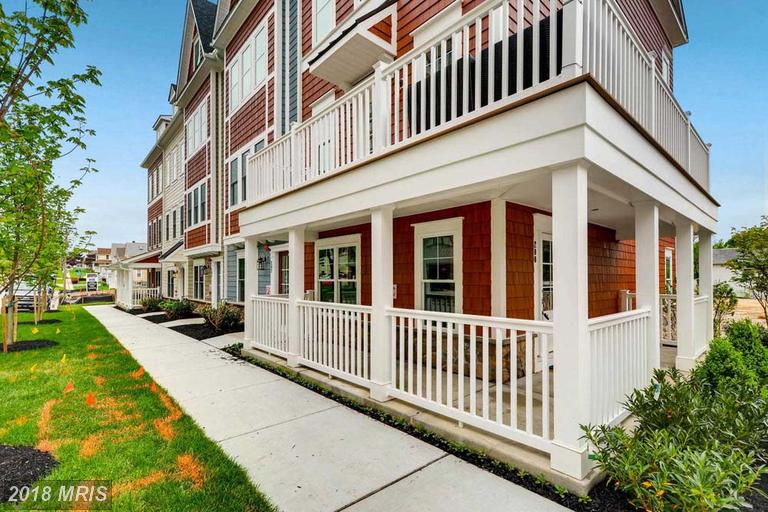 Townhouse, Traditional - TOWSON, MD (photo 2)