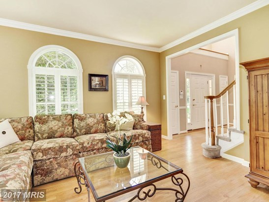 Colonial, Detached - COCKEYSVILLE, MD (photo 5)