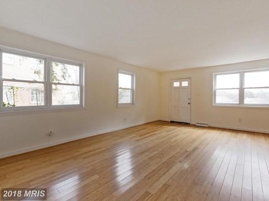 Colonial, Duplex - RIVERDALE, MD (photo 3)