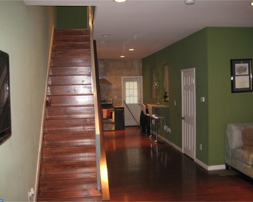 Row/Townhouse/Cluster, Contemporary - PHILADELPHIA, PA (photo 4)