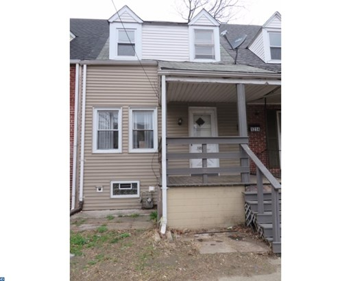 Row/Townhouse, Colonial - CHESTER, PA (photo 1)