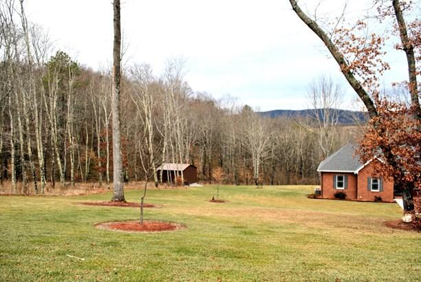 Residential, Ranch - Newport, VA (photo 4)