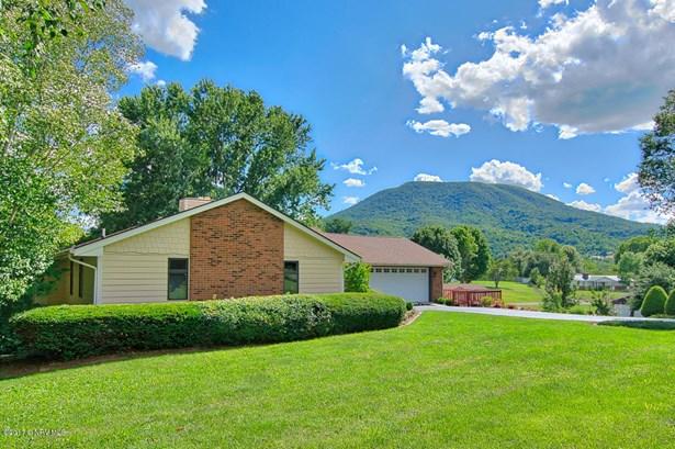 Ranch, Detached - Pearisburg, VA (photo 1)