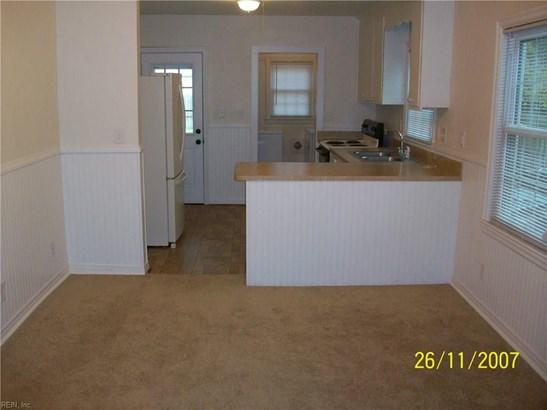 Cottage, Single Family - Hampton, VA (photo 3)