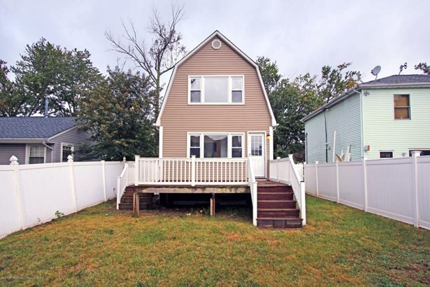 Colonial, Single Family - North Middletown, NJ (photo 4)