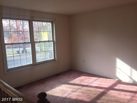 Split Foyer, Detached - CAPITOL HEIGHTS, MD (photo 4)