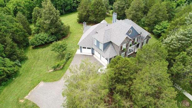 Single Family Residence, Contemporary - Forest, VA (photo 3)
