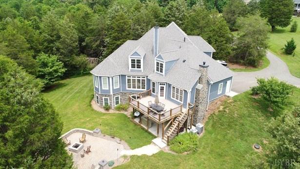 Single Family Residence, Contemporary - Forest, VA (photo 4)