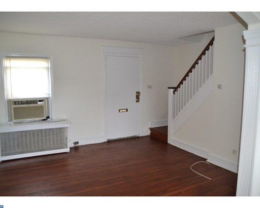 Row/Townhouse/Cluster, StraightThru - UPPER DARBY, PA (photo 4)