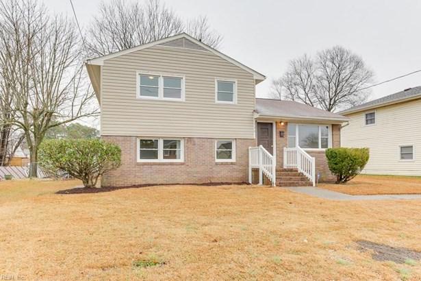 Tri-Level, Single Family - Hampton, VA (photo 3)