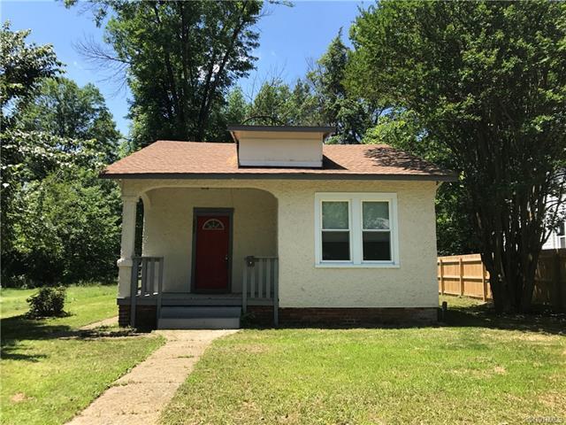 Cottage/Bungalow, Single Family - Richmond, VA (photo 1)
