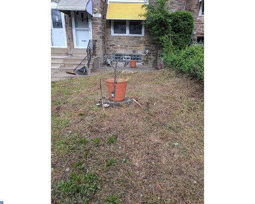 Row/Townhouse/Cluster, EndUnit/Row - UPPER DARBY, PA (photo 2)