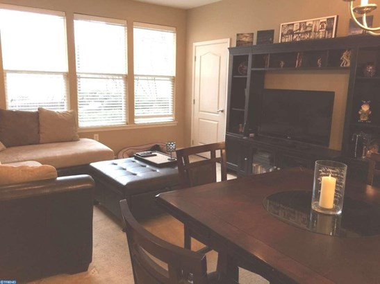 Unit/Flat, Contemporary - CONSHOHOCKEN, PA (photo 3)