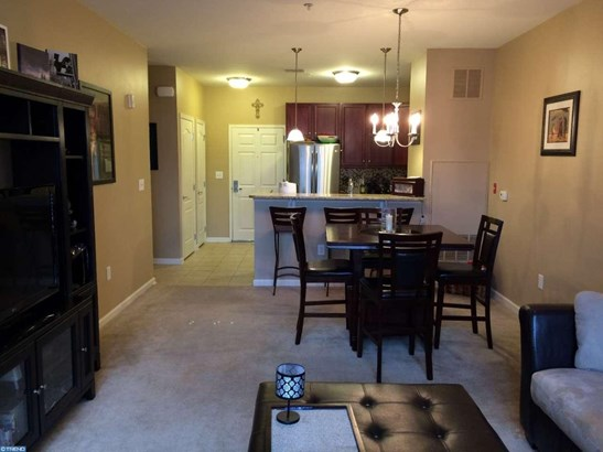 Unit/Flat, Contemporary - CONSHOHOCKEN, PA (photo 4)