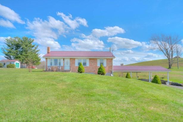 Residential, Ranch - Pulaski, VA (photo 4)