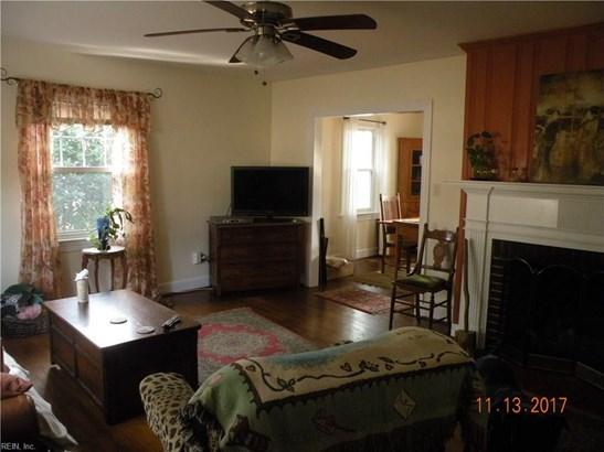 Colonial, Single Family - Newport News, VA (photo 3)
