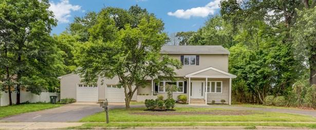 Colonial, Shore Colonial, Single Family - Lincroft, NJ (photo 3)