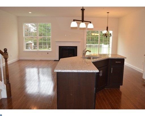 Semi-Detached, Traditional - LANSDALE, PA (photo 3)