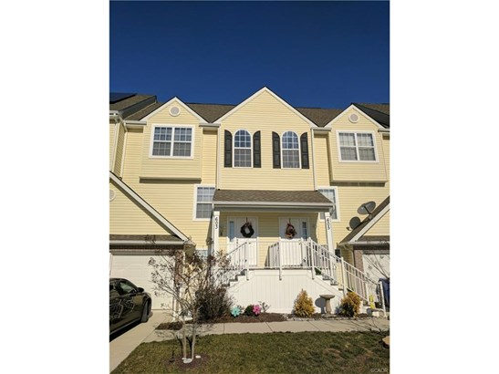 Townhouse, Residential Lease - Seaford, DE (photo 1)