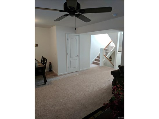 Townhouse, Residential Lease - Seaford, DE (photo 4)
