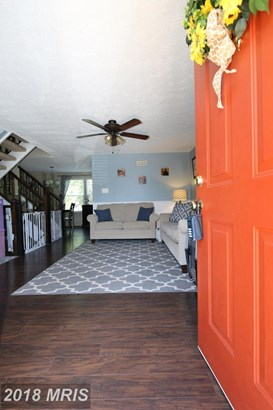 Townhouse, Traditional - CENTREVILLE, VA (photo 2)