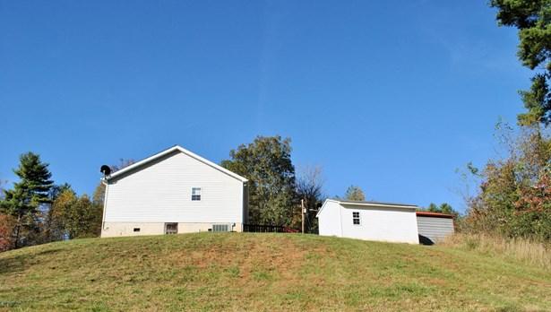 Ranch, Detached - Floyd, VA (photo 4)