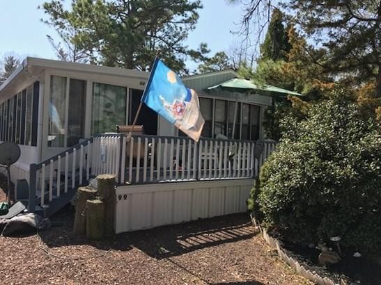 Park Model Mobile Home - Dennisville, NJ (photo 1)