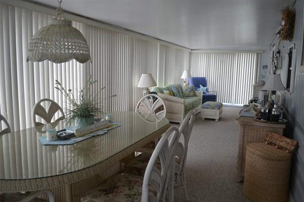 Park Model Mobile Home - Dennisville, NJ (photo 2)