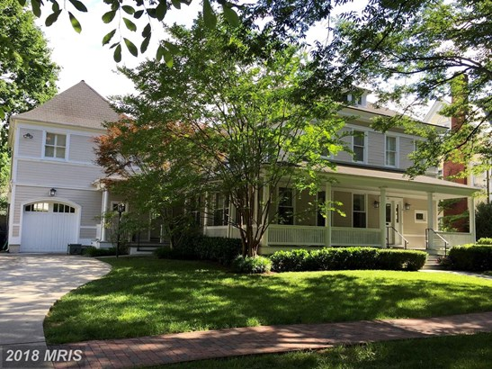 Colonial, Detached - CHEVY CHASE, MD (photo 2)
